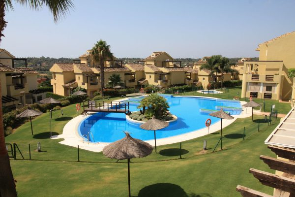 Hoyo Uno Apartment Swimming Pool