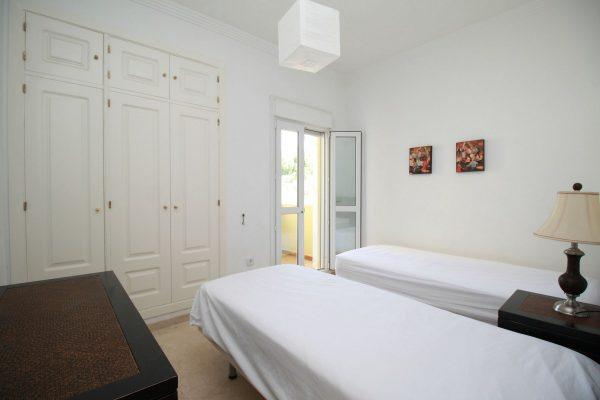 Hoyo Uno Apartment Bedroom