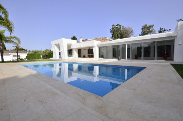 8 Bedroom Villa for Sale in Sotogrande Costa