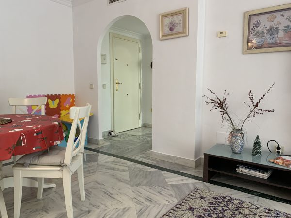1 Bedroom Apartment for Sale in Dama de Noche - Dining Area