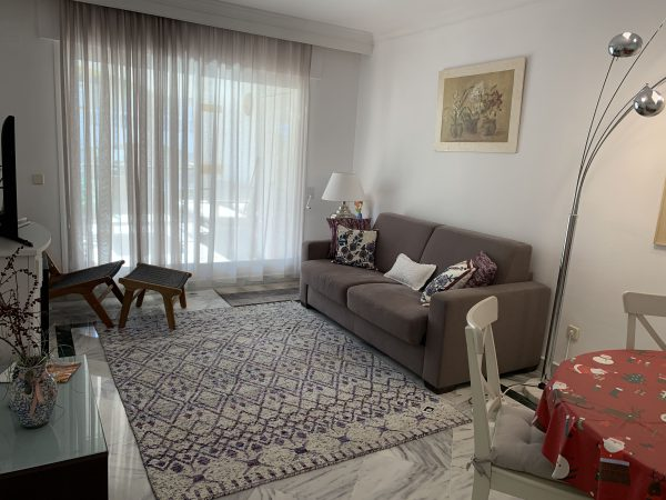 1 Bedroom Apartment for Sale in Dama de Noche - Spacious Living Room