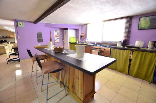 Guest Apartment with Open Kitchen Townhouse for sale Pueblo Nuevo de Guadiaro