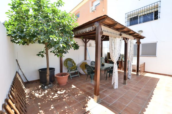 Fabulous Outside Space with BBQ with Pool Townhouse for sale Pueblo Nuevo de Guadiaro